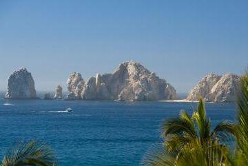 Many all inclusive resorts in Cabo have land's end views.