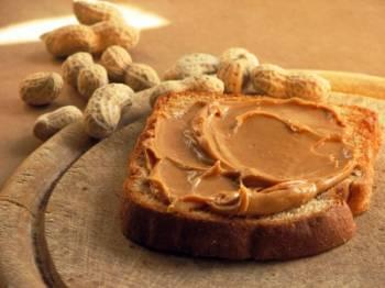 Peanut butter on bread.