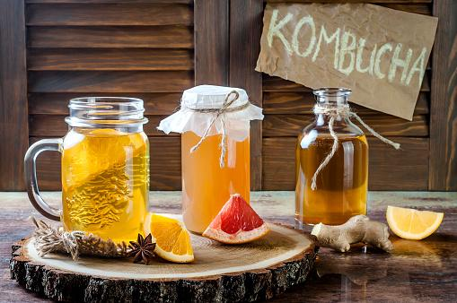 Raw kombucha tea