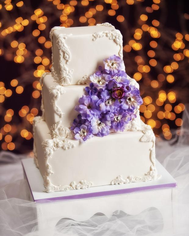 Square Wedding Cake Ideas: Pictures Of Square Wedding Cakes [Slideshow]