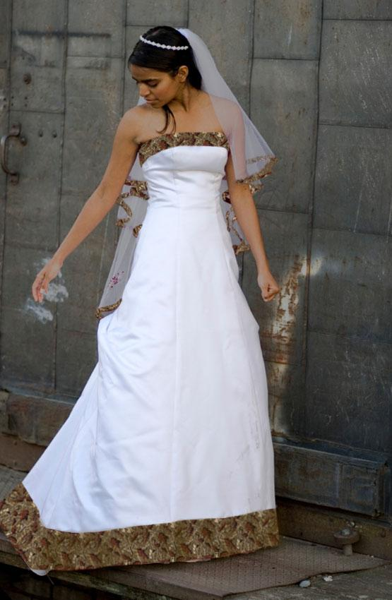 Camo wedding dresses slideshow for Free wedding dresses for military brides