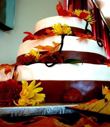 Fall Theme Wedding Cakes