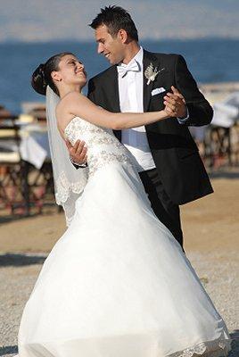 beach wedding attire for the groom