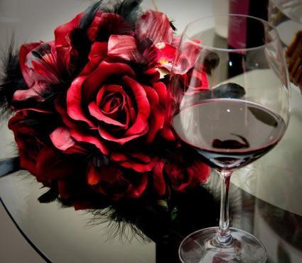Film Noir wedding flowers