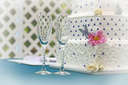 Quilting on wedding cake