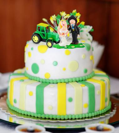 John Deere Wedding Cake