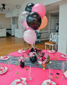 Balloon table centerpiece