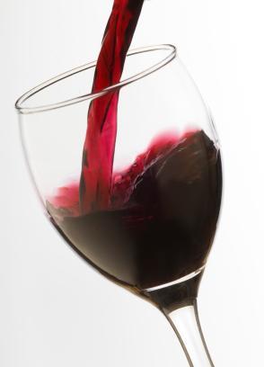 How to Choose: Cabernet vs Merlot | Wine Folly