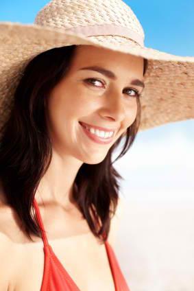 Lady in sun hat