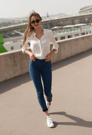 Jeans white top