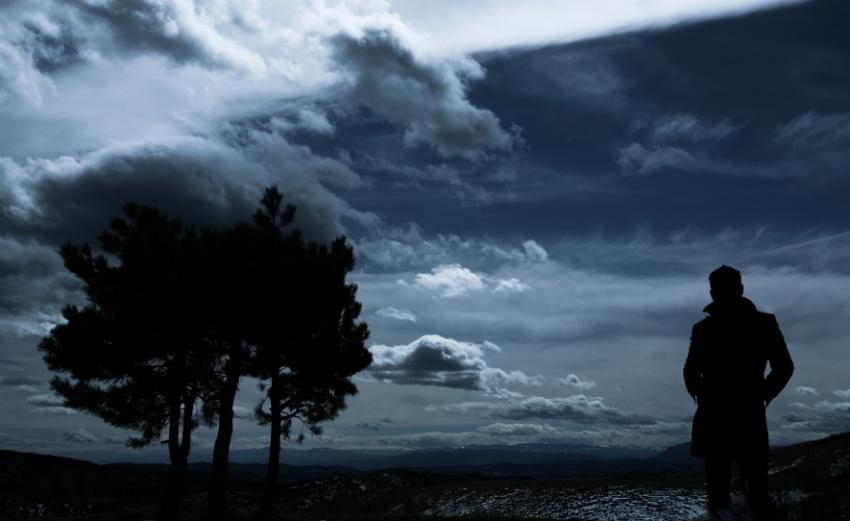 https://cf.ltkcdn.net/addiction/images/slide/122233-850x521-Storm-of-depression.jpg