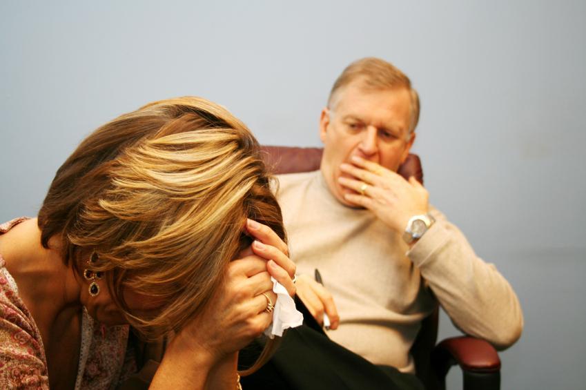 https://cf.ltkcdn.net/addiction/images/slide/122235-849x565-Psychiatric-counseling.jpg
