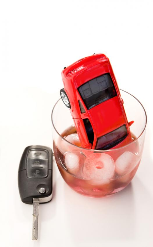 https://cf.ltkcdn.net/addiction/images/slide/122241-526x850-Dont-drink-and-drive.jpg