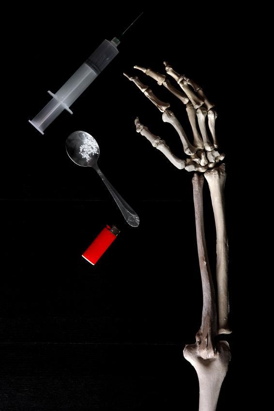https://cf.ltkcdn.net/addiction/images/slide/122297-566x848-Heroin-names-4.jpg