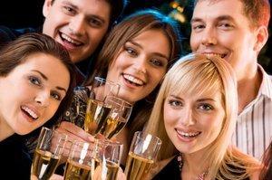 https://cf.ltkcdn.net/addiction/images/slide/122175-300x199-Effects_of_Alcohol.jpg