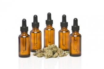 Dropper bottles with cannabis