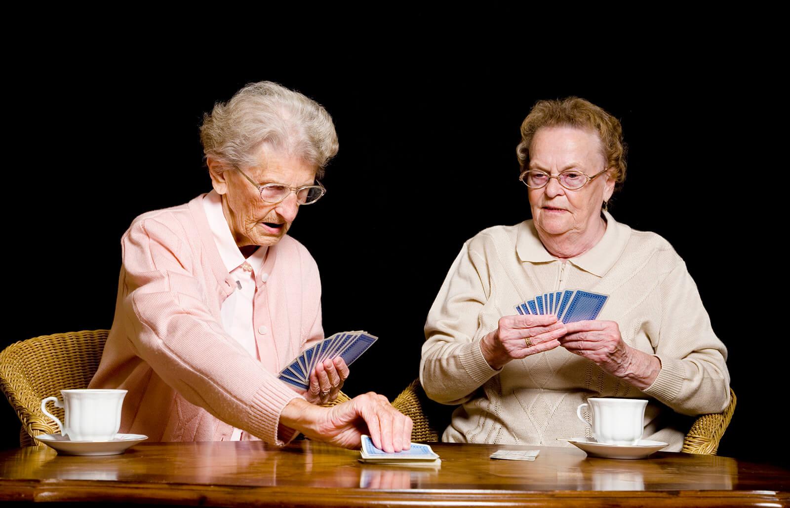 actividades-juego-personas-mayores.jpg
