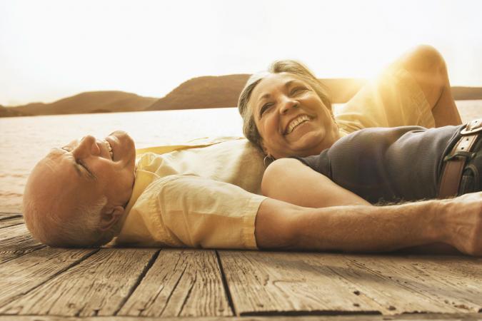 Adultos mayores disfrutando