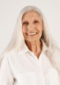 Cabello largo para mujeres mayores
