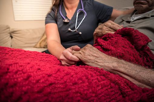 cuidados paliativos en el hogar