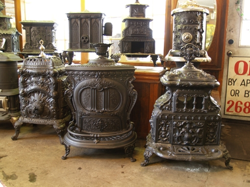 early_parlor_stove.jpg