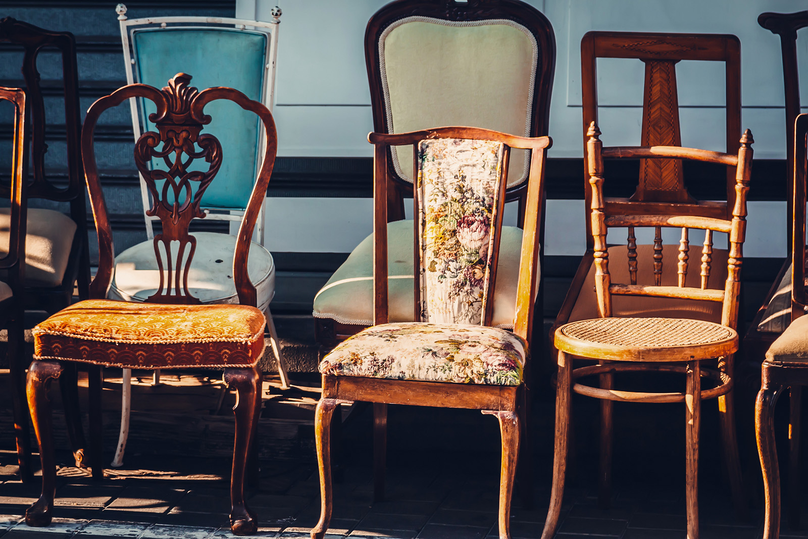 Identifying Antique Chair Styles With