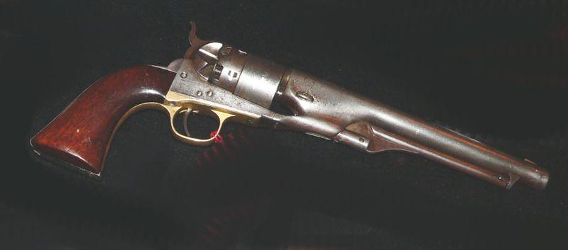 https://cf.ltkcdn.net/antiques/images/slide/104664-800x353-800px-Colt-arme-1860-wikimedia.jpg