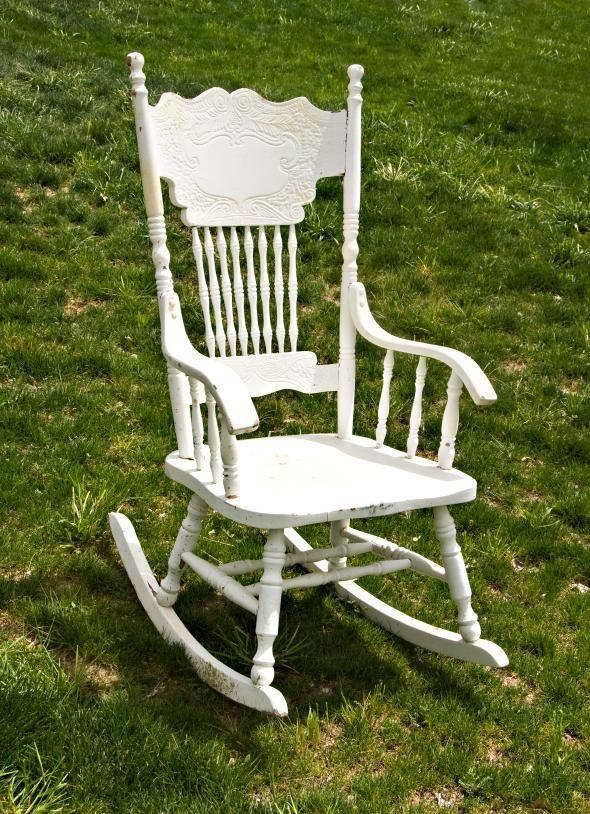- Identifying Old Rocking Chairs LoveToKnow
