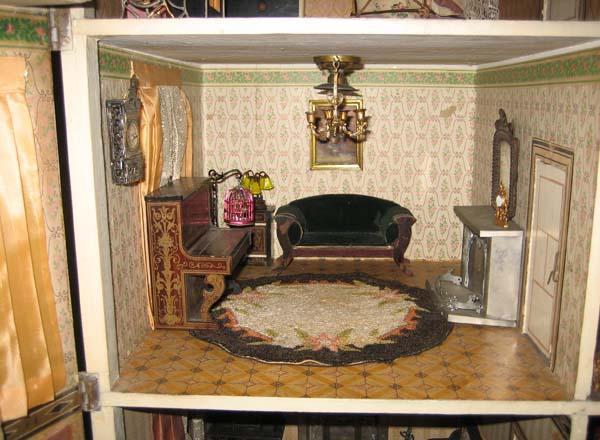https://cf.ltkcdn.net/antiques/images/slide/104846-600x440-Gottschalk-parlor.jpg