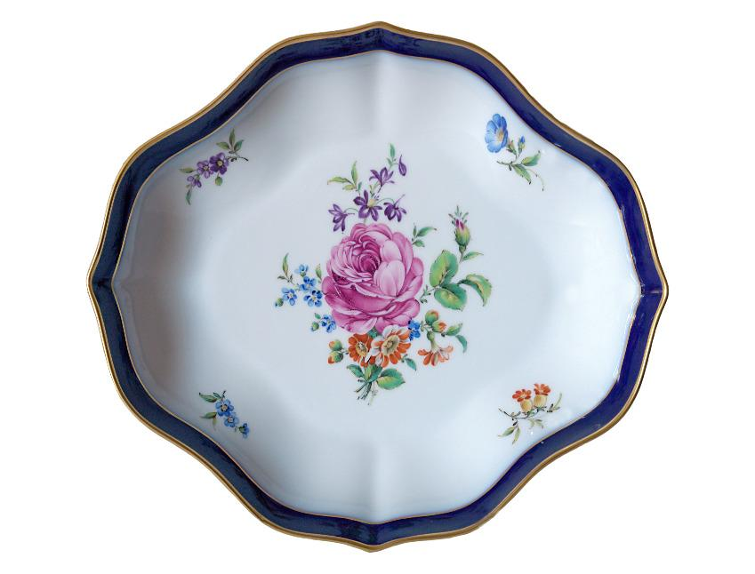 https://cf.ltkcdn.net/antiques/images/slide/104900-849x646-antique-plate.jpg