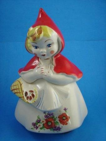 https://cf.ltkcdn.net/antiques/images/slide/104707-375x500-Red_Riding_Hood_Hull.JPG