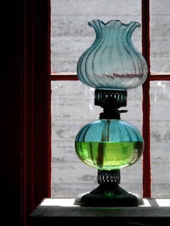 Antique Oil Lamp Pictures