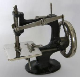 https://cf.ltkcdn.net/antiques/images/slide/104854-576x557-as7.jpg