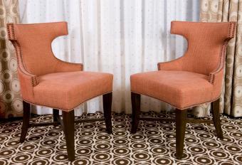 https://cf.ltkcdn.net/antiques/images/slide/150960-838x573r1-deco-chair.jpg