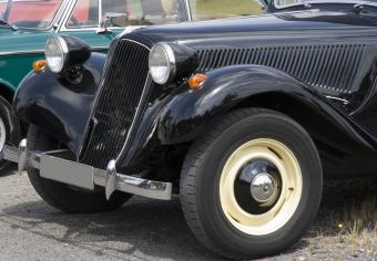 How to Buy a Vintage Car
