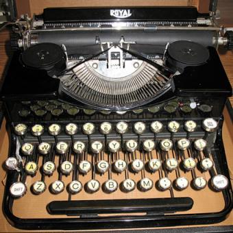 1932 Royal Portable Typewriter