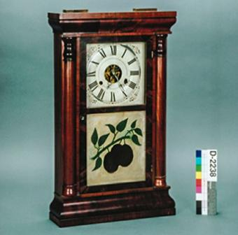 Ogee mantle clock