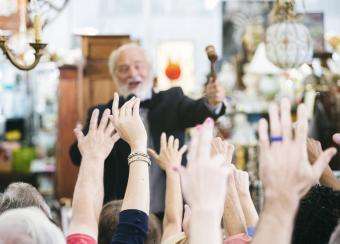 Where to Sell Antiques: Best Dealers & Sites
