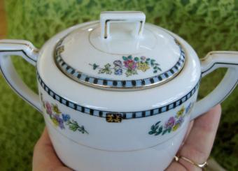 Noritake Sheridan Pattern Lidded Sugar Bowl