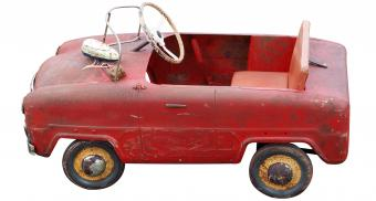 Antique Pedal Cars: Cool Classics in Small Sizes