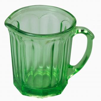 https://cf.ltkcdn.net/antiques/images/slide/247613-850x850-6-green-depression-glass.jpg