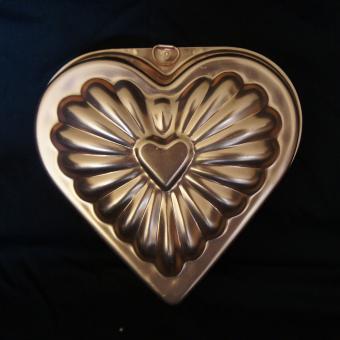 copper heart shaped valentine jello mold