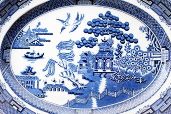 Traditional willow pattern design on antique Victorian serving platter