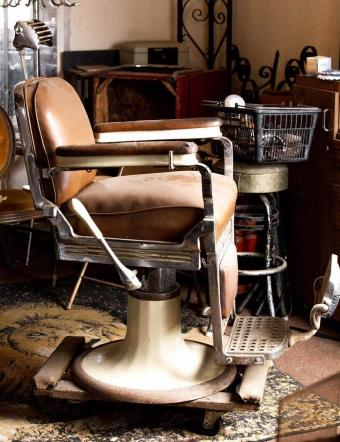 Emil J. Paidar Company Barber Chair