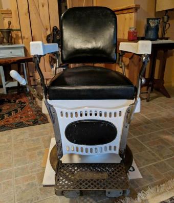F. F. Koenigkramer Barber Chair