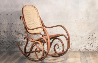 Identifying Antique Rocking Chairs