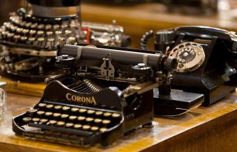 Vintage Typewriter Values and Best Brands