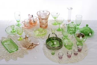 Depression Glass Patterns: A Picture Identification Guide