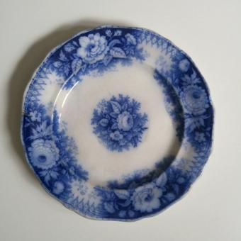 Sarreguemines flow porcelain plate