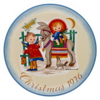 Vintage Sister Berta Hummel Christmas Plate from 1976 entitled Sacred Journey